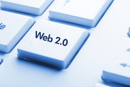 Adapt Web 2.0 to Brand in Style